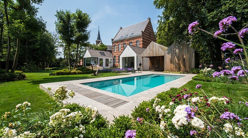 Compass Pools ®studioPSG zwembaden outdoor living chic gardens regio Limburg monoblok outdoor living